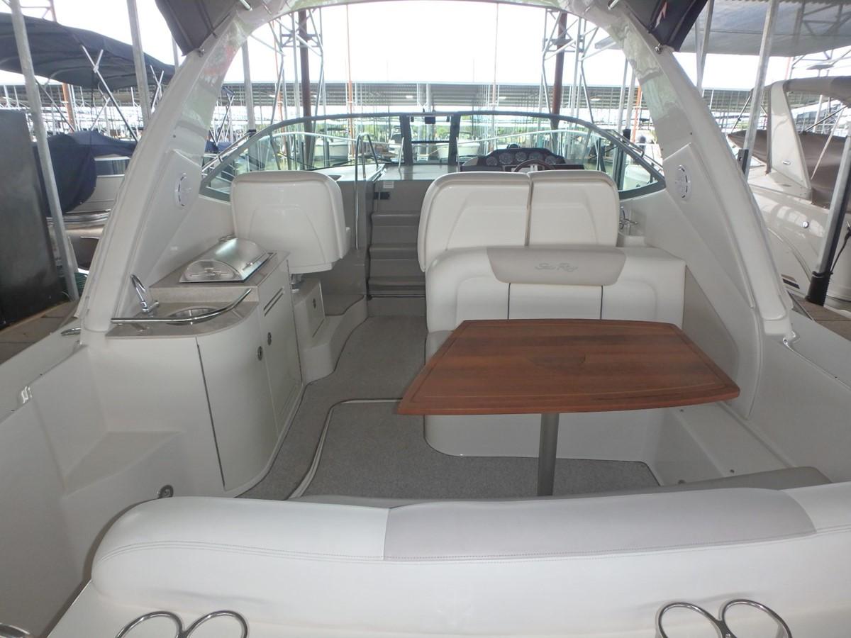 2011 SEA RAY 350 Sundancer Cruiser 1820023
