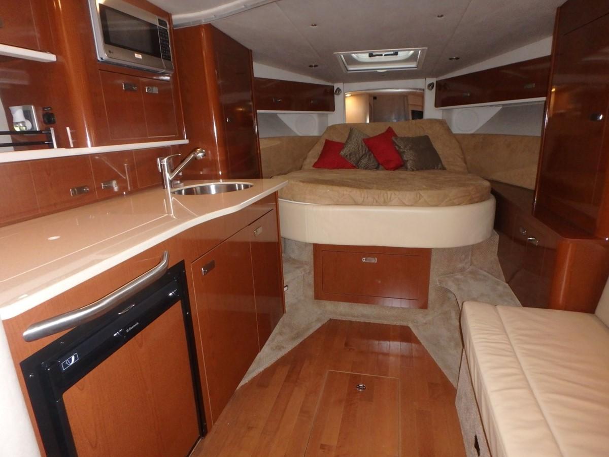 2011 SEA RAY 350 Sundancer Cruiser 1820033