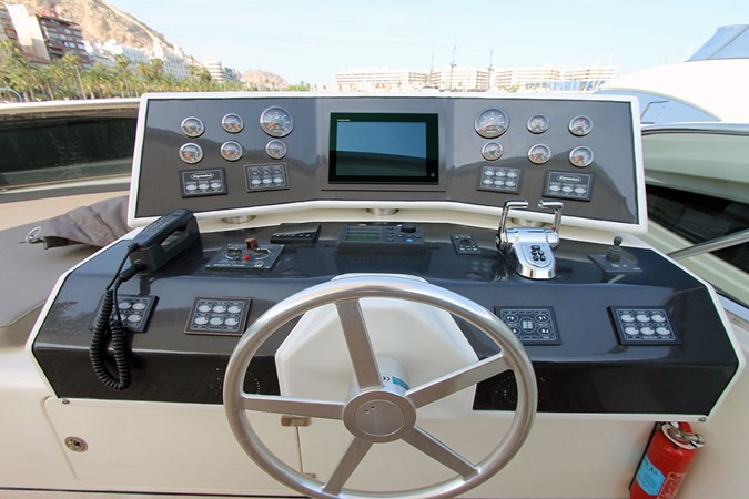 2010 CANADOS 76 Motor Yacht 1831392