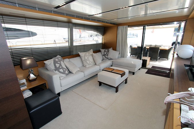 2010 CANADOS 76 Motor Yacht 1831400