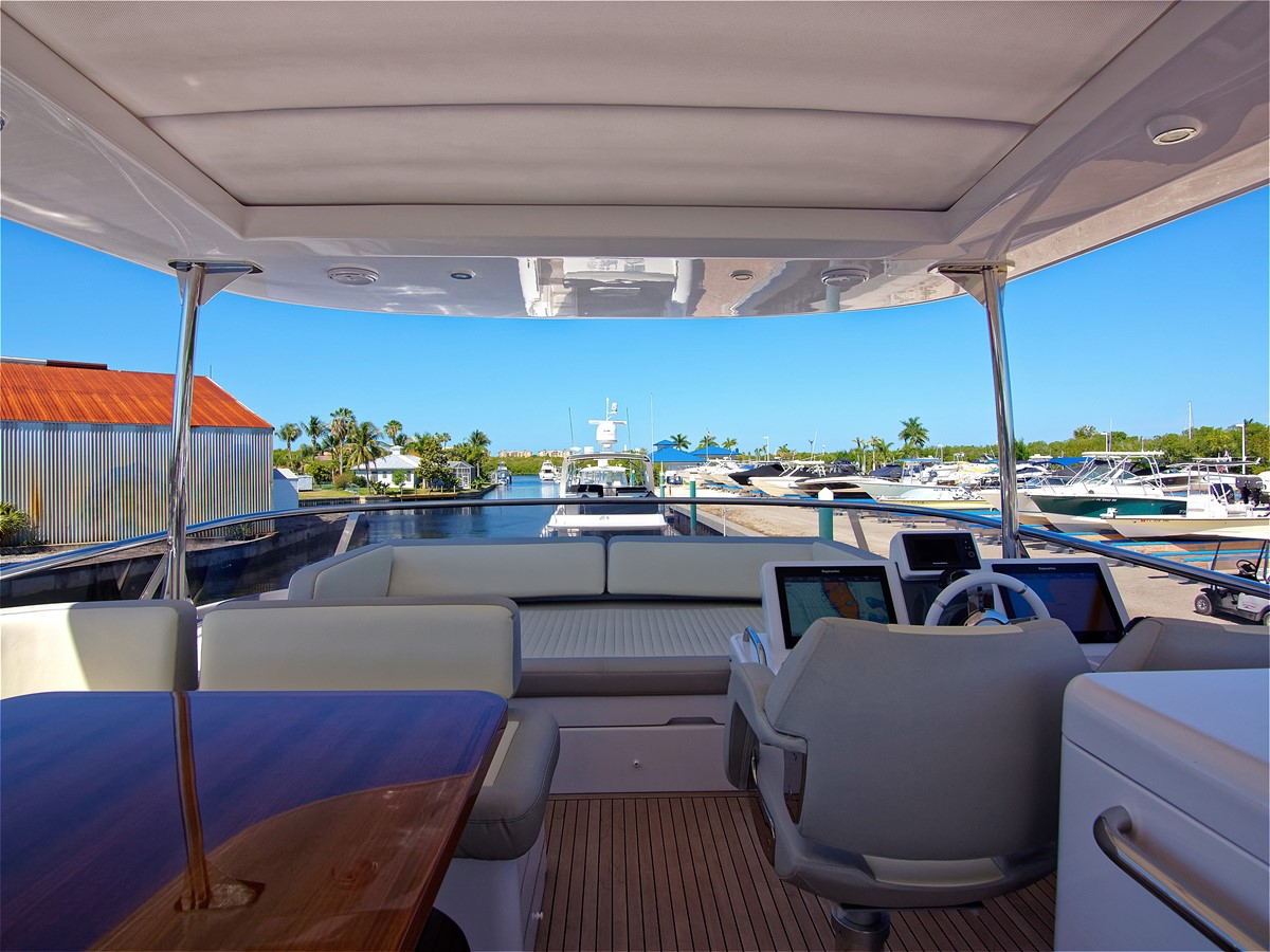 2017 AZIMUT 66 MAG Mega Yacht 1838362