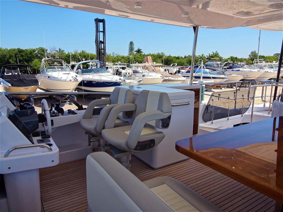 2017 AZIMUT 66 MAG Mega Yacht 1838367