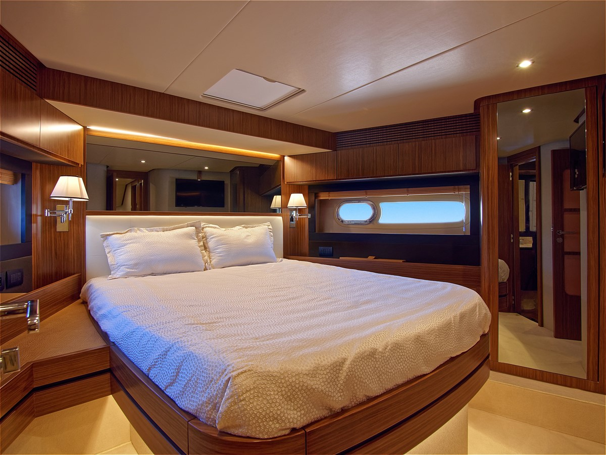 2017 AZIMUT 66 MAG Mega Yacht 1838392
