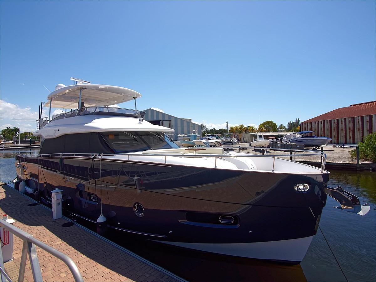 2017 AZIMUT 66 MAG Mega Yacht 1838397