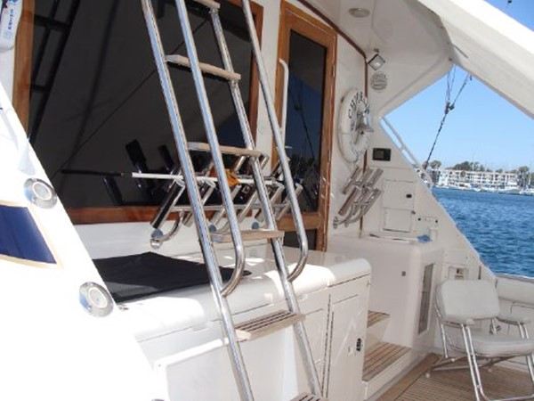 1998 BERTRAM  Motor Yacht 1843297