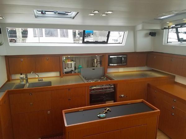 Galley 2015 BENETEAU Sense 50 Cruising Sailboat 1848501