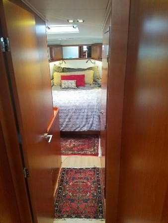 Owner Suite. 2015 BENETEAU Sense 50 Cruising Sailboat 1848504