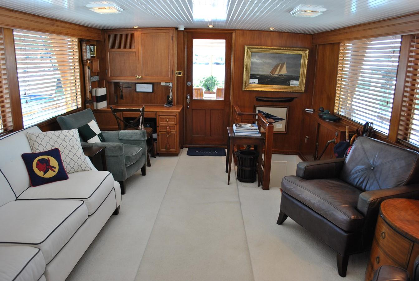 Salon  1965 TRUMPY  Motor Yacht 1870575