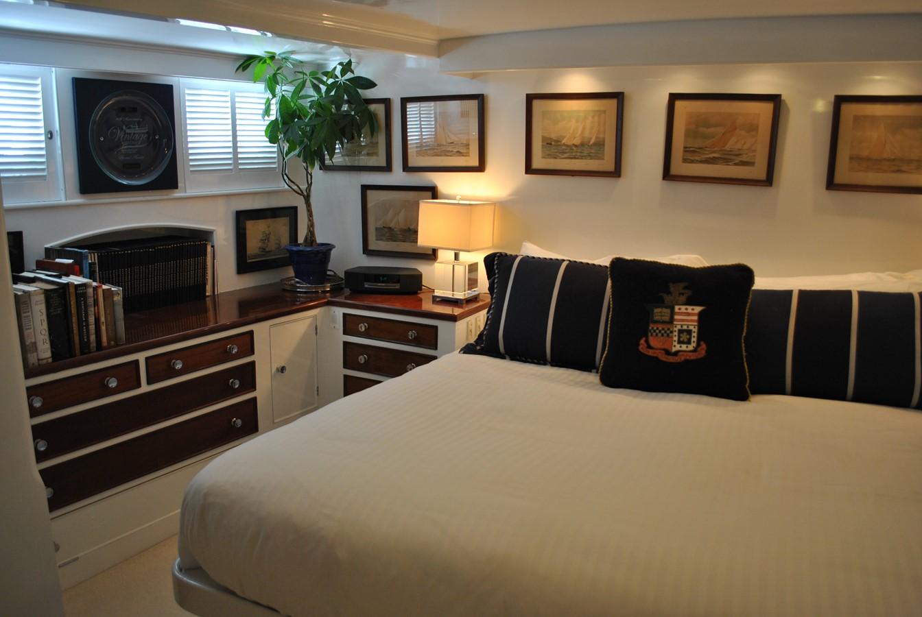 Master Cabin  1965 TRUMPY  Motor Yacht 1870579