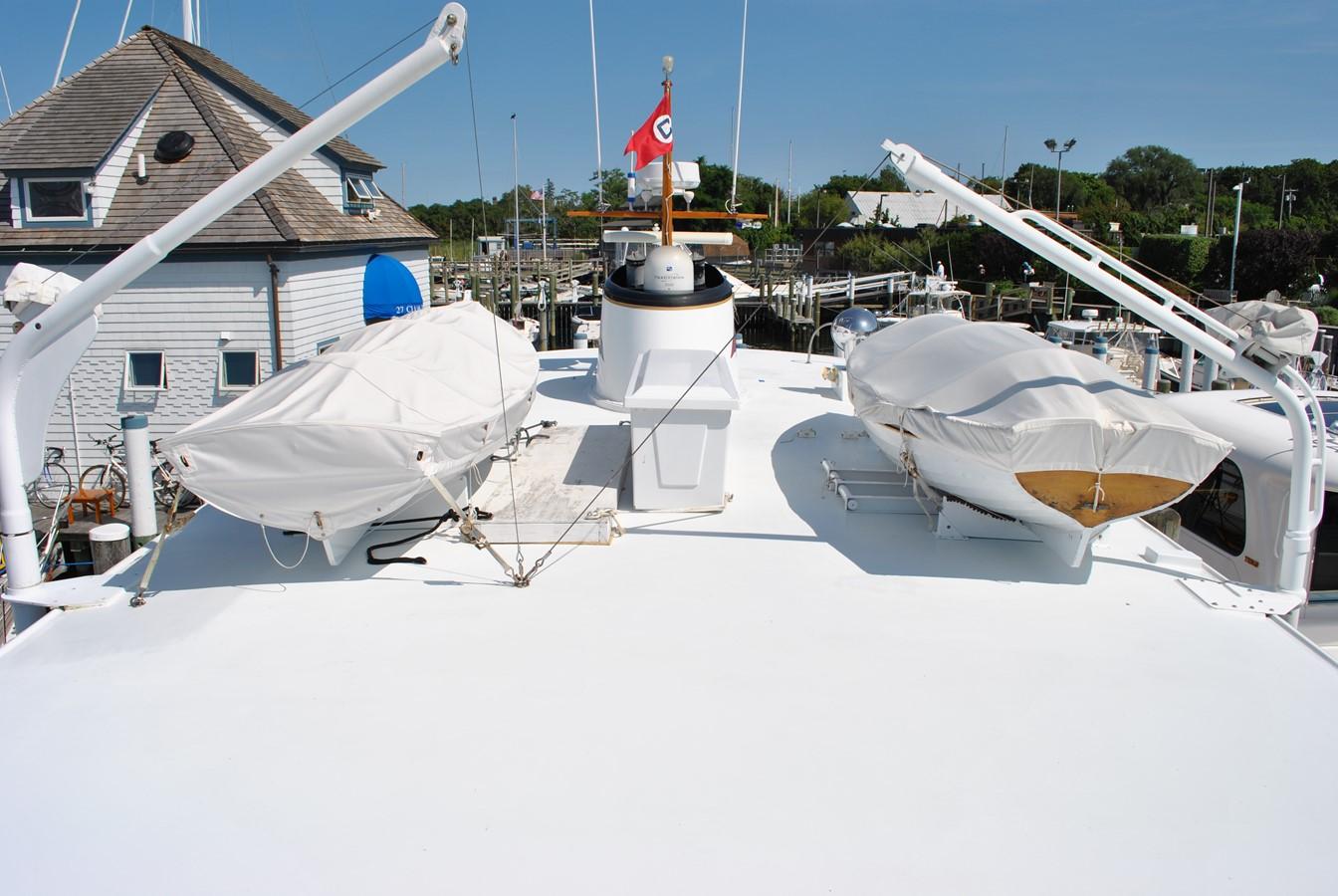 Boat Deck  1965 TRUMPY  Motor Yacht 1870604