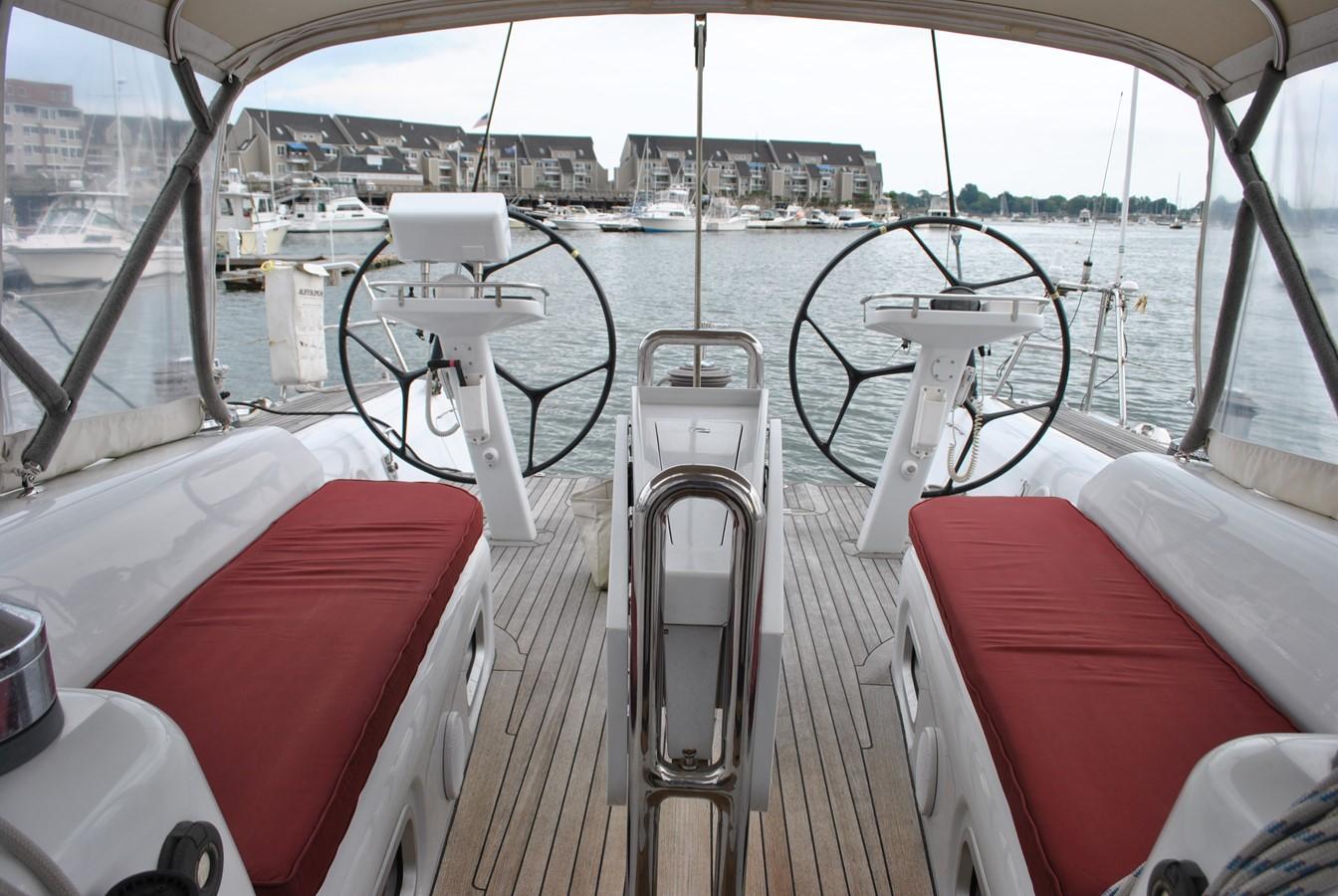 Cockpit Seating 2004 INDIGO YACHTS  Cruising Sailboat 1873054