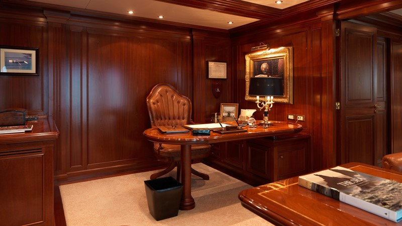 20 Master suite office 2003 CODECASA Full displacement motor yacht Motor Yacht 1872954