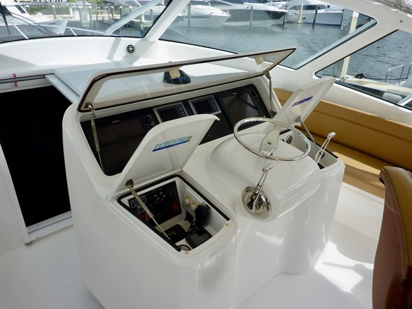 2014 Viking 42 Open  - Helm 2014 VIKING 42 Open Sport Fisherman 1901793