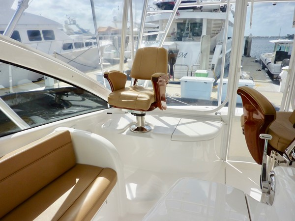 2014 Viking 42 Open  - Upper Seating 2014 VIKING 42 Open Sport Fisherman 1901800