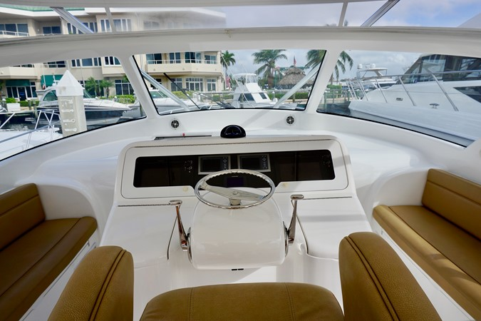 2014 Viking 42 Open  - Helm 2014 VIKING 42 Open Sport Fisherman 1905090