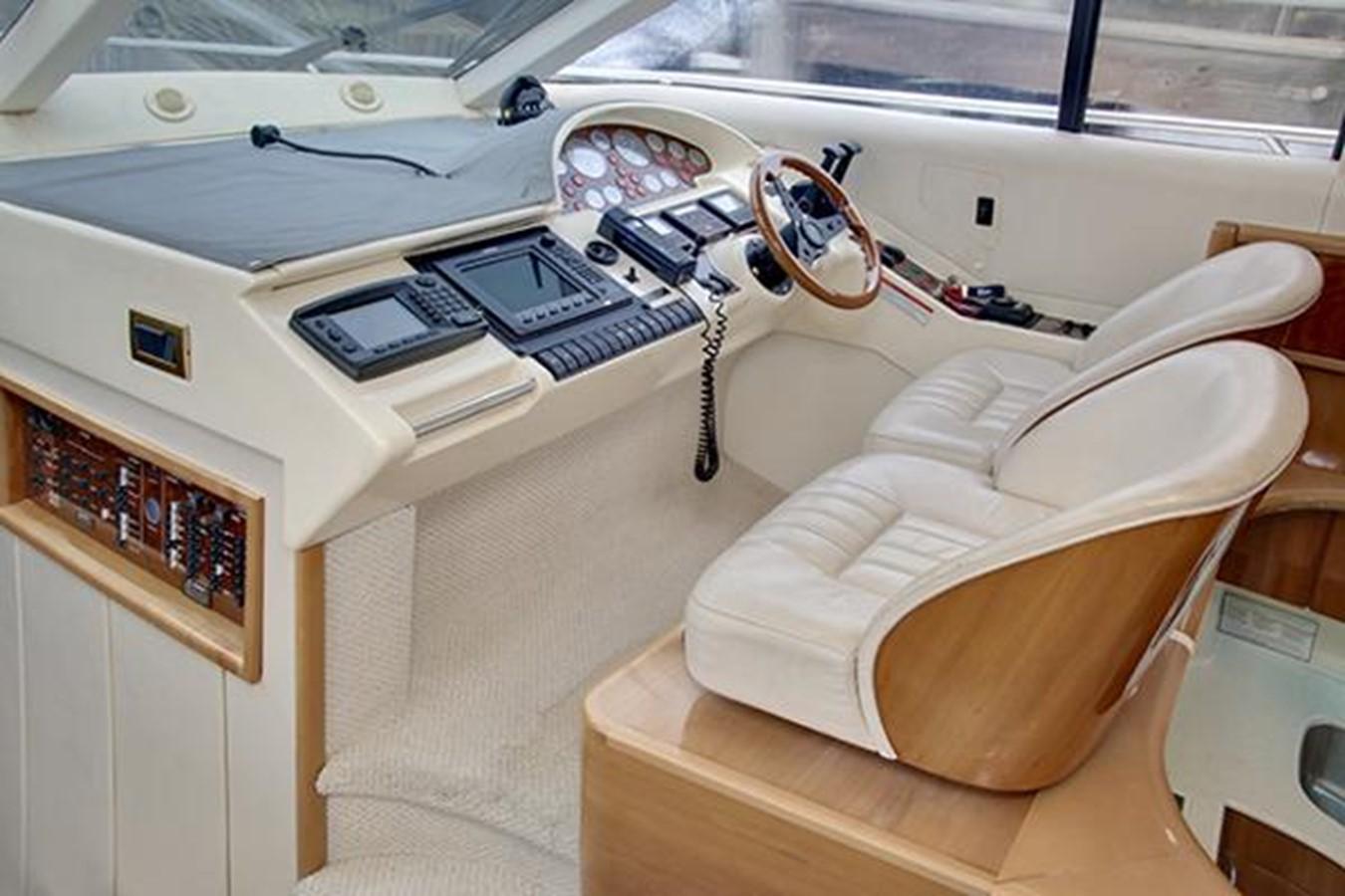 1998 VIKING SPORT CRUISERS  Motor Yacht 2018452
