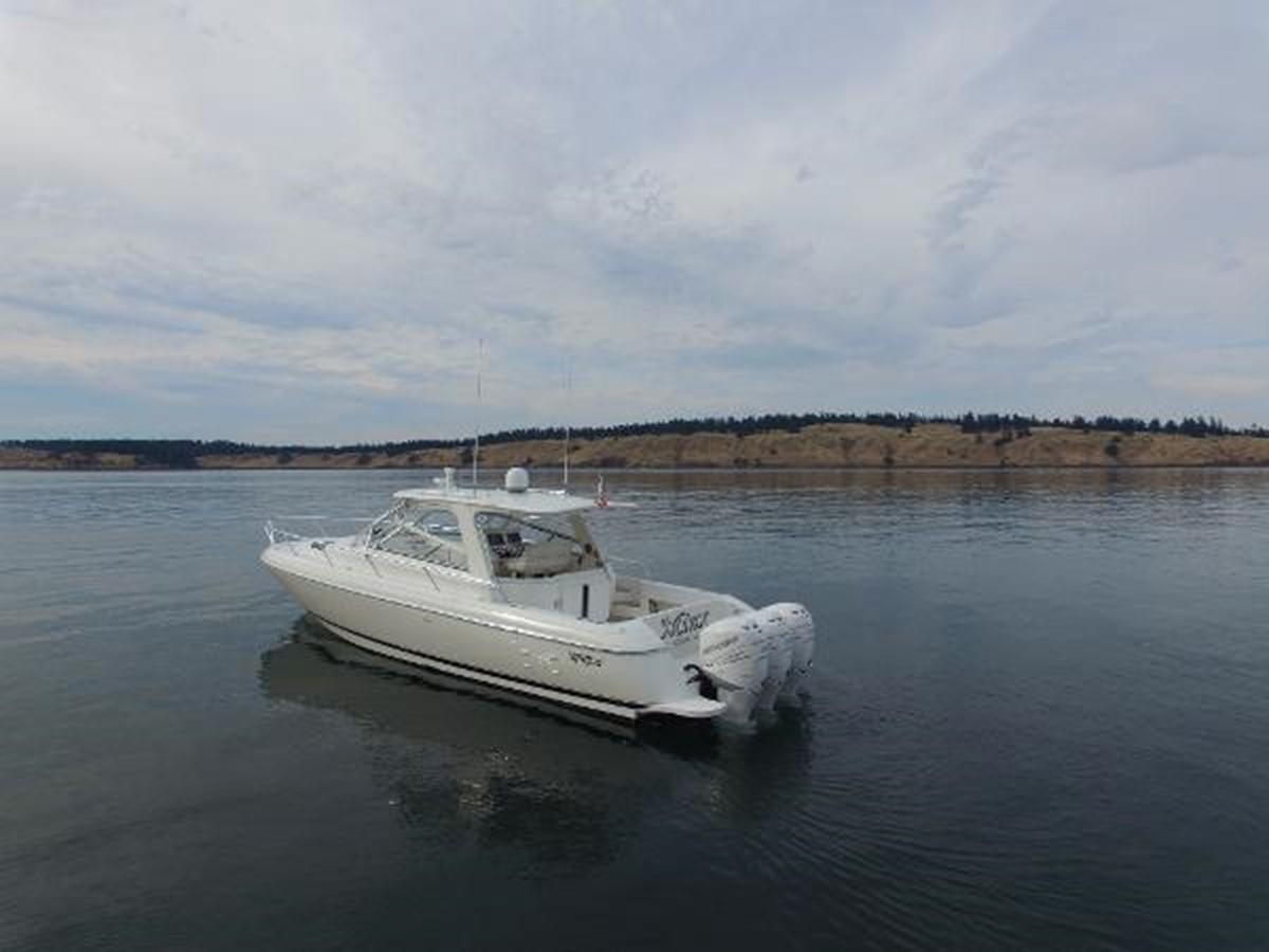 2010 INTREPID  Cruiser 1882671