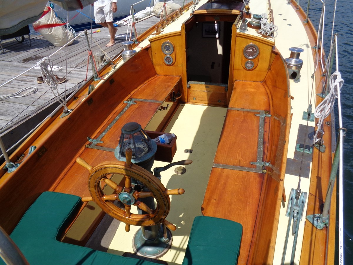 Cockpit 1947 NEVINS / SPARKMAN & STEPHENS S&S Sloop Classic Yacht 1883744
