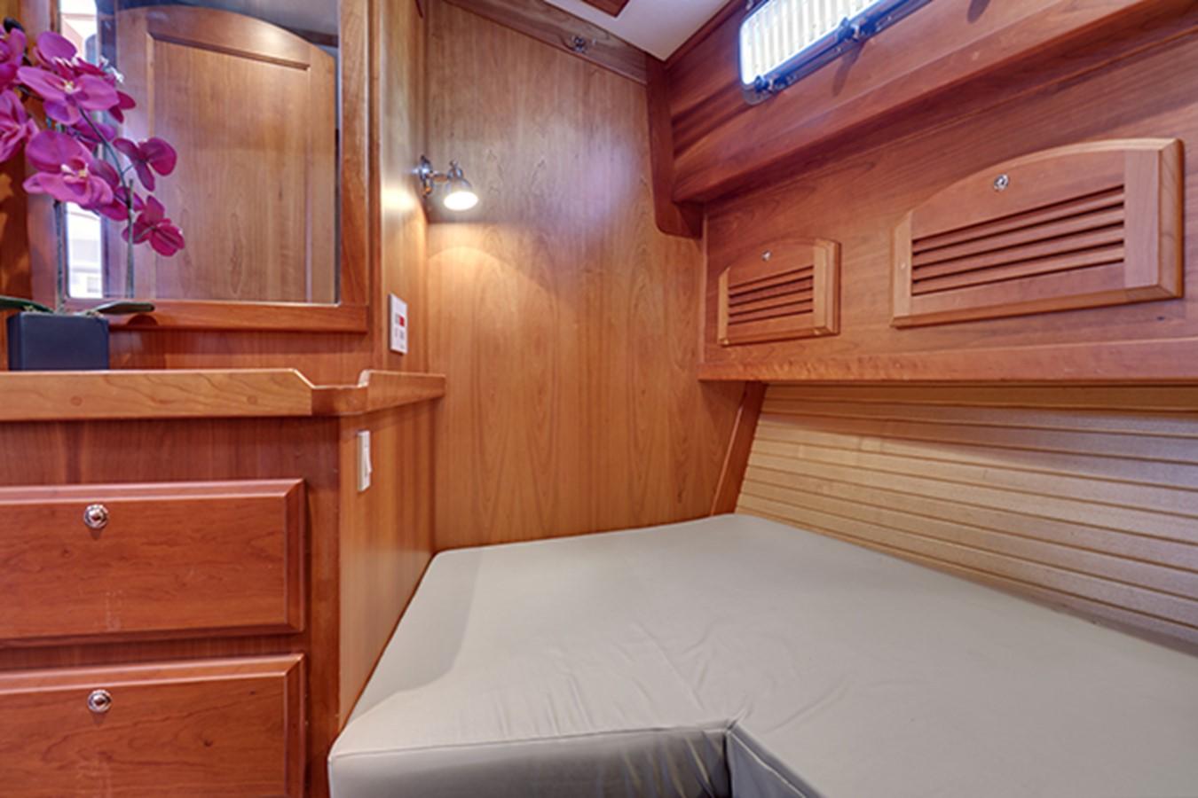 2005 SABRE YACHTS  Motor Yacht 1899402