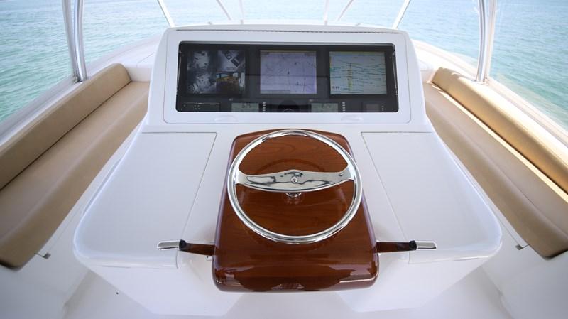 Viking 66 Convertible Helm 2013 VIKING 66 Convertible Sport Fisherman 2544559