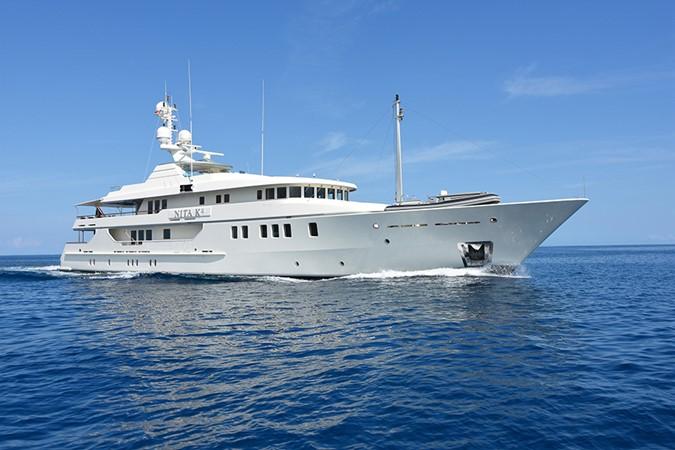 2004 AMELS 2004 Motor Yacht 1895629
