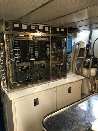 1987 BROWARD Pilot House Motor Yacht  1893930