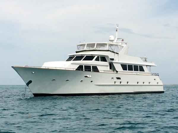 1987 BROWARD Pilot House Motor Yacht  2088404