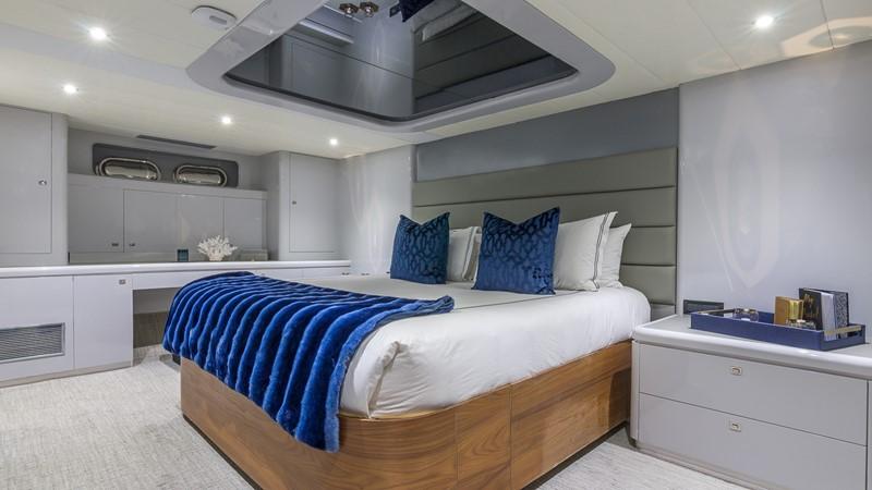 VIP Stateroom 2000 HORIZON 110 Motor Yacht Motor Yacht 1895808