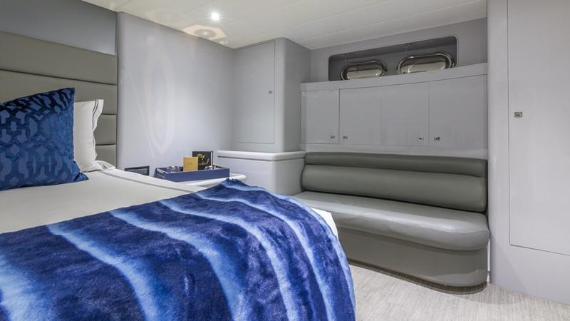 VIP Stateroom 2000 HORIZON 110 Motor Yacht Motor Yacht 1895809