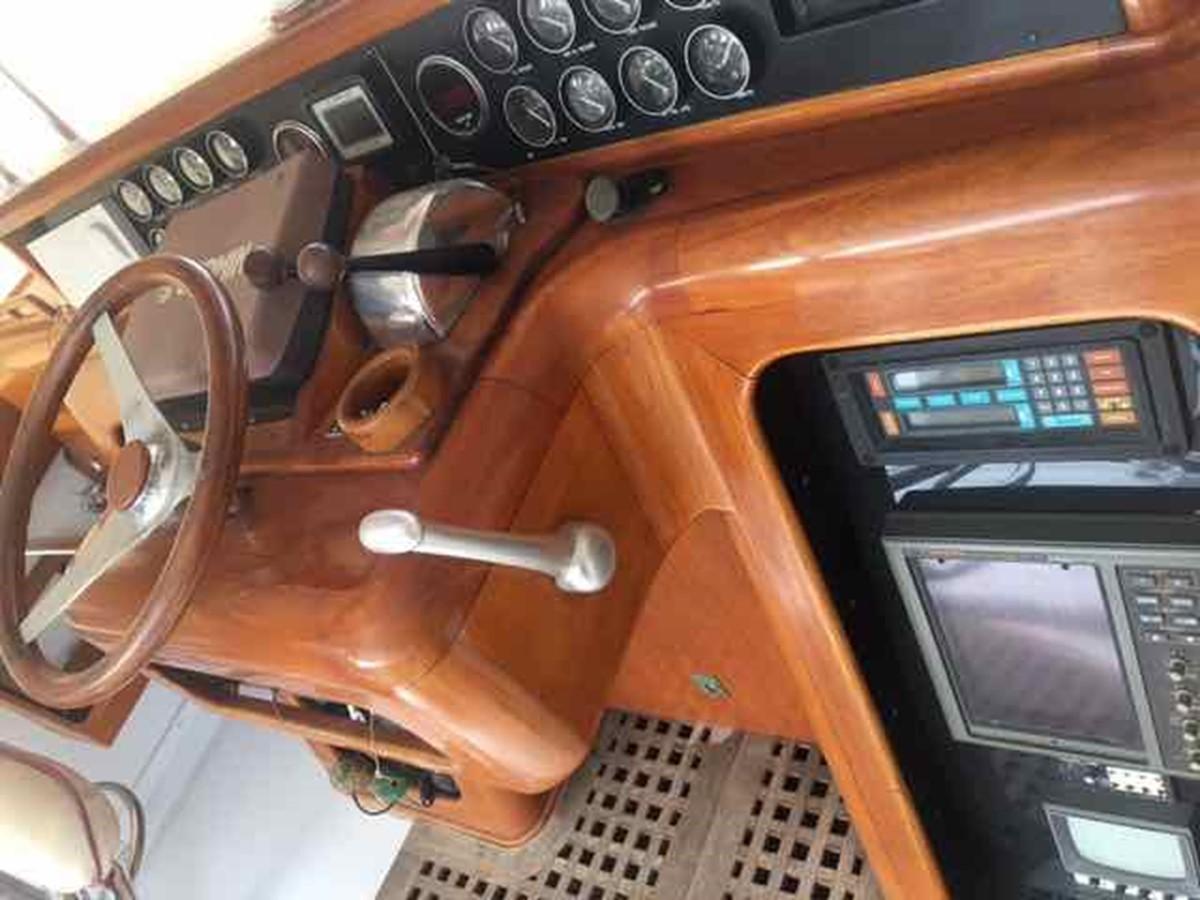 1986 TIFFANY YACHTS Custom Sportfish Motor Yacht 1897487