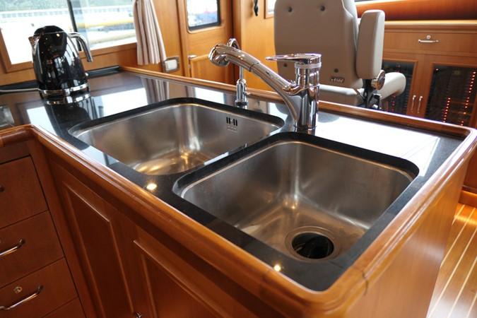 2007 GRAND BANKS Grand Banks 59 Aleutian RP Motor Yacht 2589165