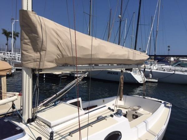 2011 SCHOCK Harbor 25 Cruising/Racing Sailboat 1902127