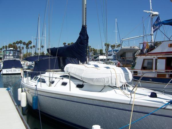 2000 CATALINA 42 MkII Cruising Sailboat 1902144