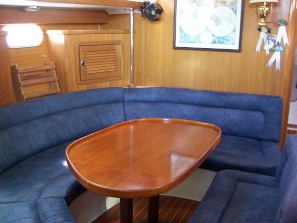 2000 CATALINA 42 MkII Cruising Sailboat 1902146