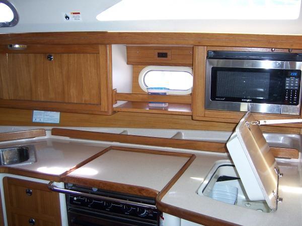 2000 CATALINA 42 MkII Cruising Sailboat 1902147