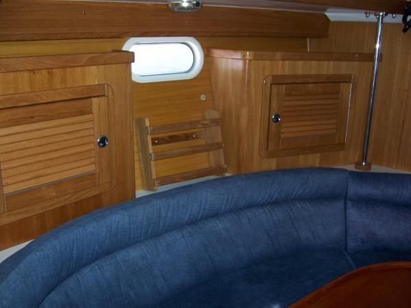 2000 CATALINA 42 MkII Cruising Sailboat 1902148