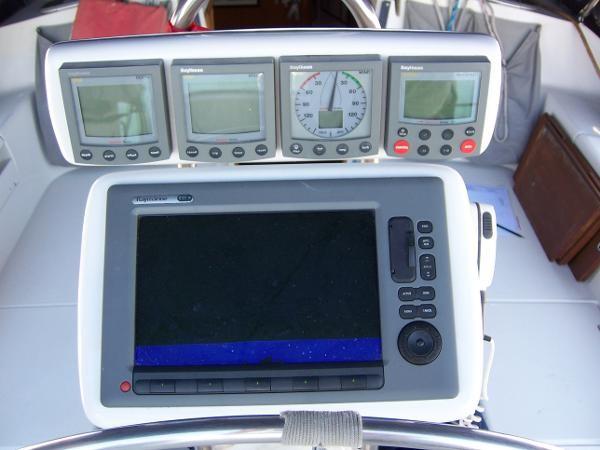 2000 CATALINA 42 MkII Cruising Sailboat 1902154