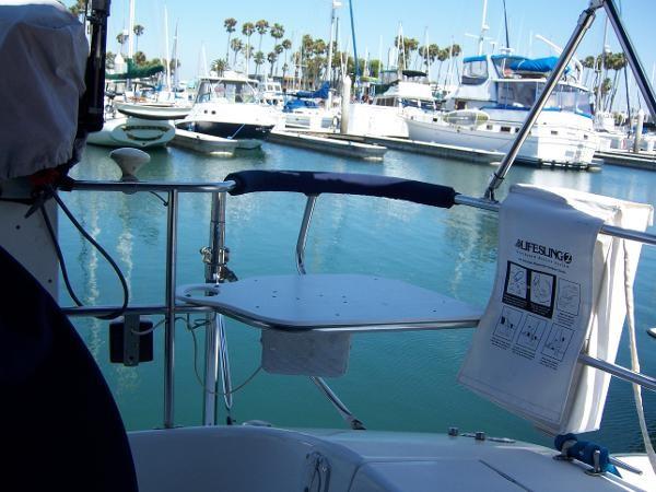 2000 CATALINA 42 MkII Cruising Sailboat 1902156