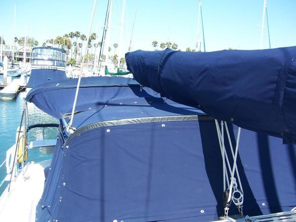 2000 CATALINA 42 MkII Cruising Sailboat 1902159