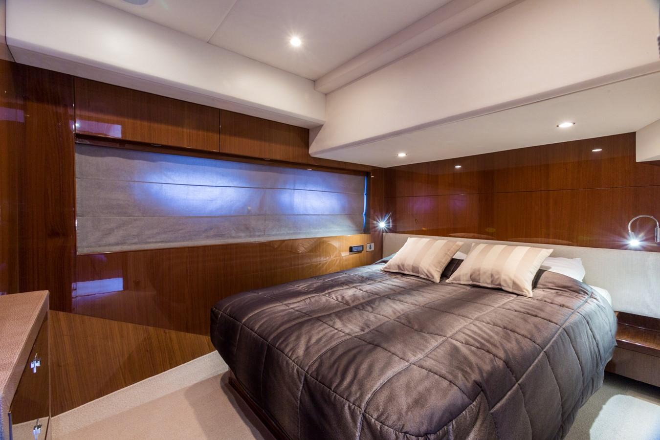 2010 PRINCESS YACHTS  Motor Yacht 1916695