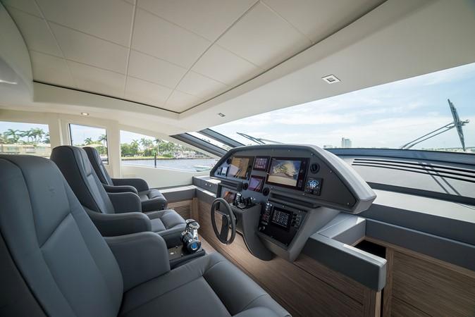 2018 PERSHING 82 Motor Yacht 2328366
