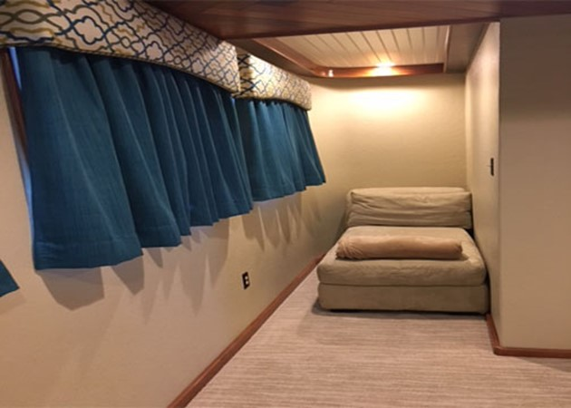 Hall 2016 CUSTOM 106 Houseboat Houseboat 1935567