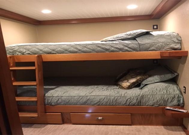 Bunkroom 2016 CUSTOM 106 Houseboat Houseboat 1935573