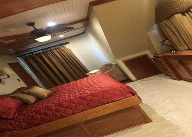 Stateroom 2016 CUSTOM 106 Houseboat Houseboat 1935581