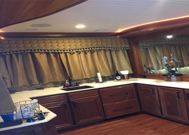 Galley 2016 CUSTOM 106 Houseboat Houseboat 1936195