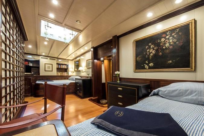 Full Beam Master Stateroom 1902 Townsend & Downey  Schooner 2089438
