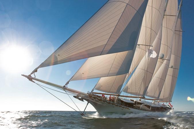 2013 DREAM SHIP VICTORY   1951862