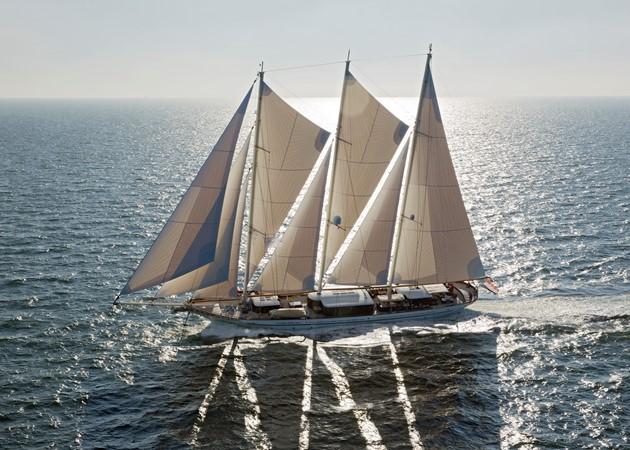 2013 DREAM SHIP VICTORY   1951863