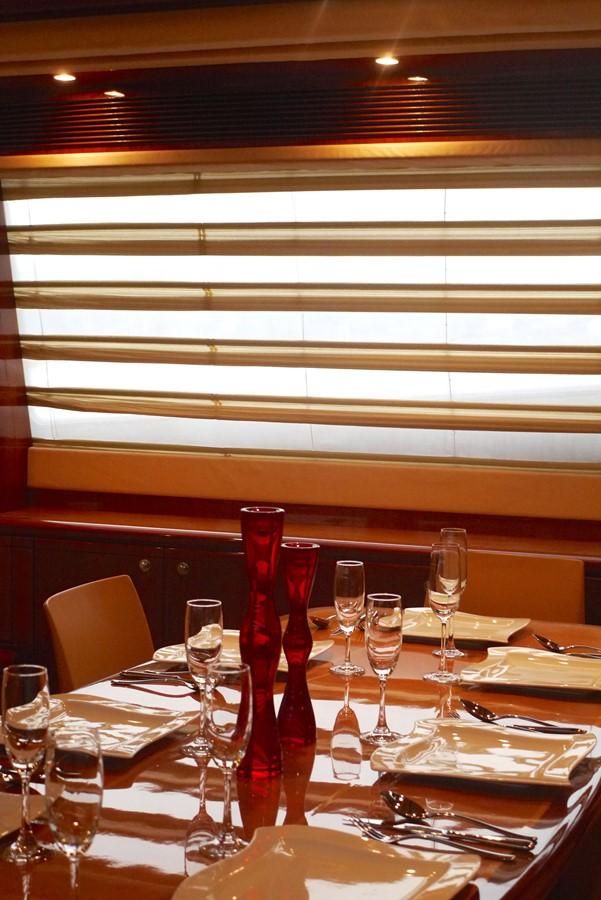 Dining 2007 FERRETTI YACHTS Ferretti 881 HT Motor Yacht 1978975