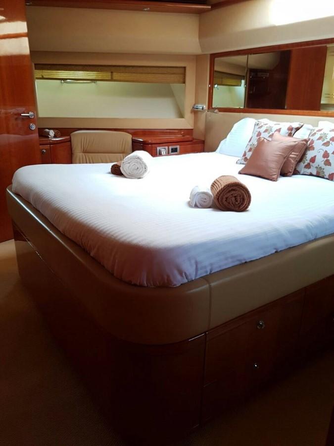 VIP cabin 2007 FERRETTI YACHTS Ferretti 881 HT Motor Yacht 2005363